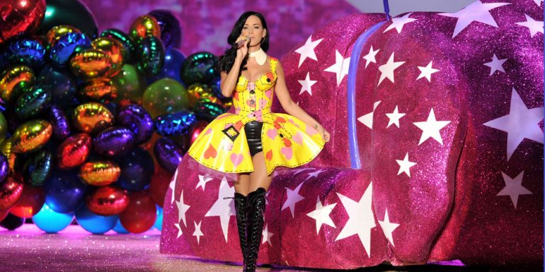 10 Looks de Katy Perry perfectos para Halloween