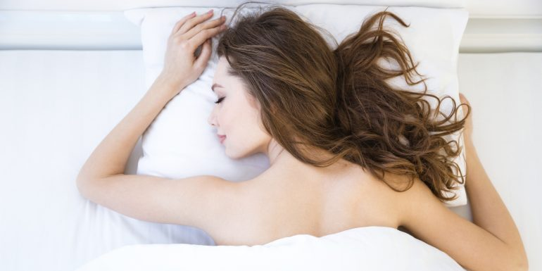 6 Beneficios de dormir ?naked?