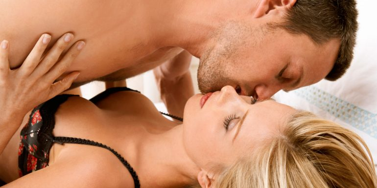 7 Sex Facts que siguen las parejas felices