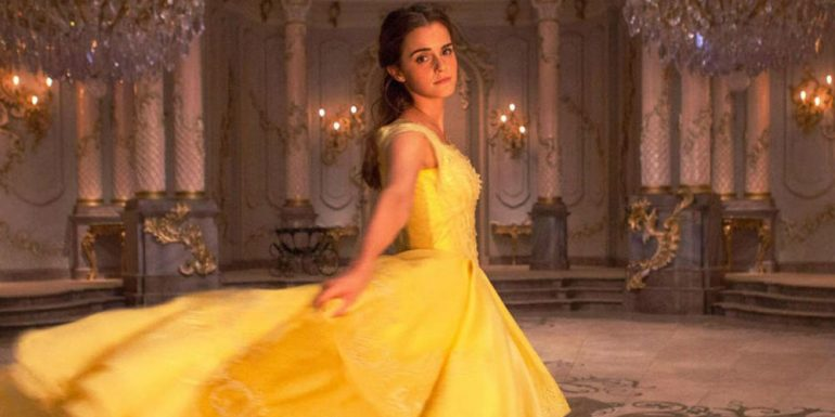 Critican muñeca de Emma Watson como Bella de ?Beauty and the Beast?