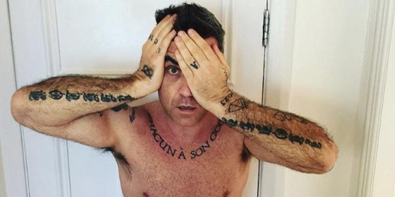 Esposa de Robbie Williams publica video del cantante COMPLETAMENTE desnudo
