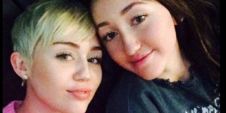 La hermana de Miley Cyrus sigue sus pasos y lanza un atrevido single