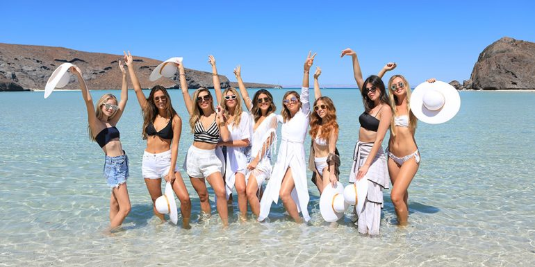 Las 'it girls' del momento reunidas en las playas de Baja California