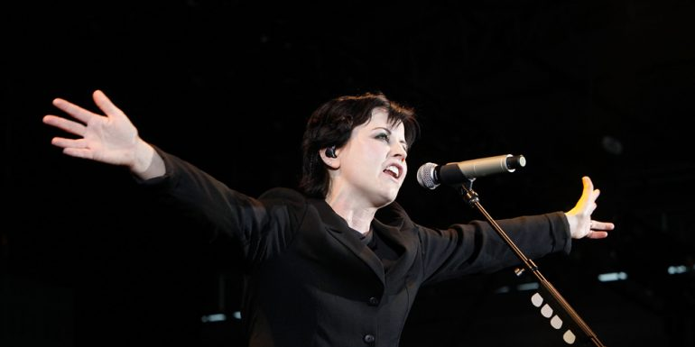 Muere vocalista de la banda 'The Cranberries'