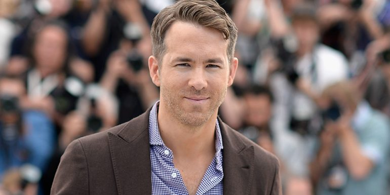 Ryan Reynolds es atropellado por un paparazzi